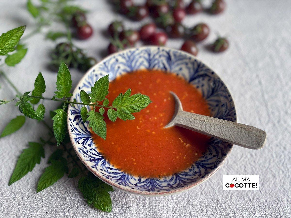 La soupe à la tomate de ma maman, ailmacocotte.com
