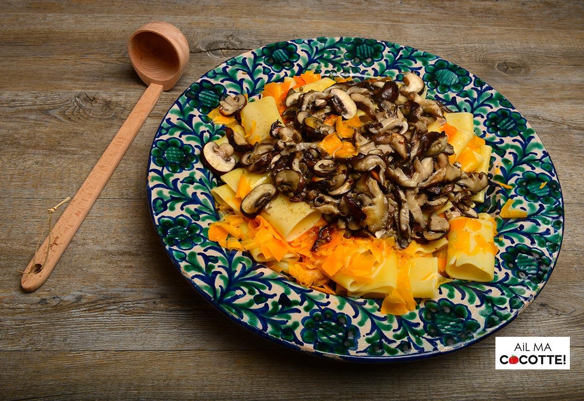 paccheri aux shiitakés et à la mimolette vieillie