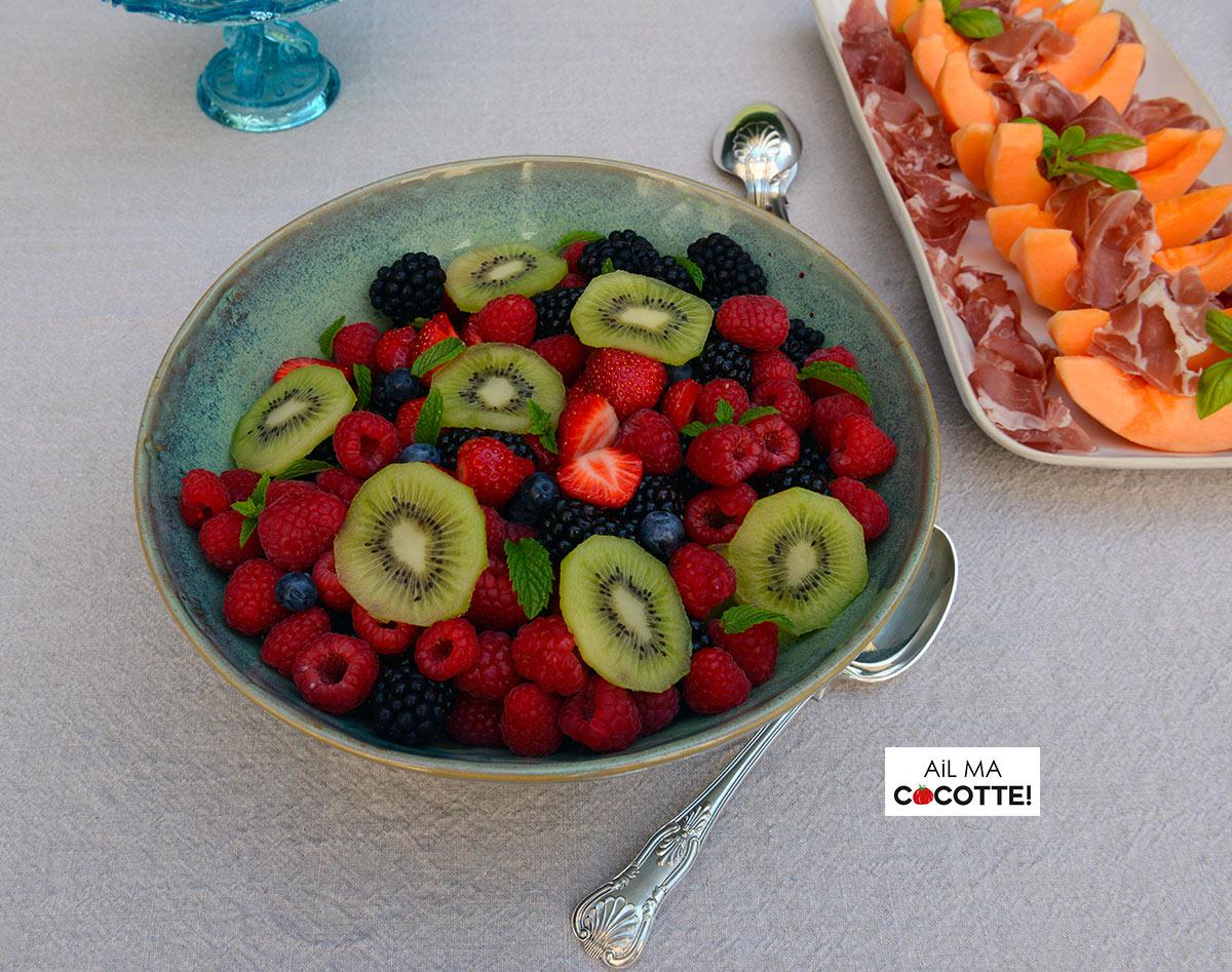 salade de fruits rouges et kiwi recette dessert vegan sans gluten. Black Bedroom Furniture Sets. Home Design Ideas