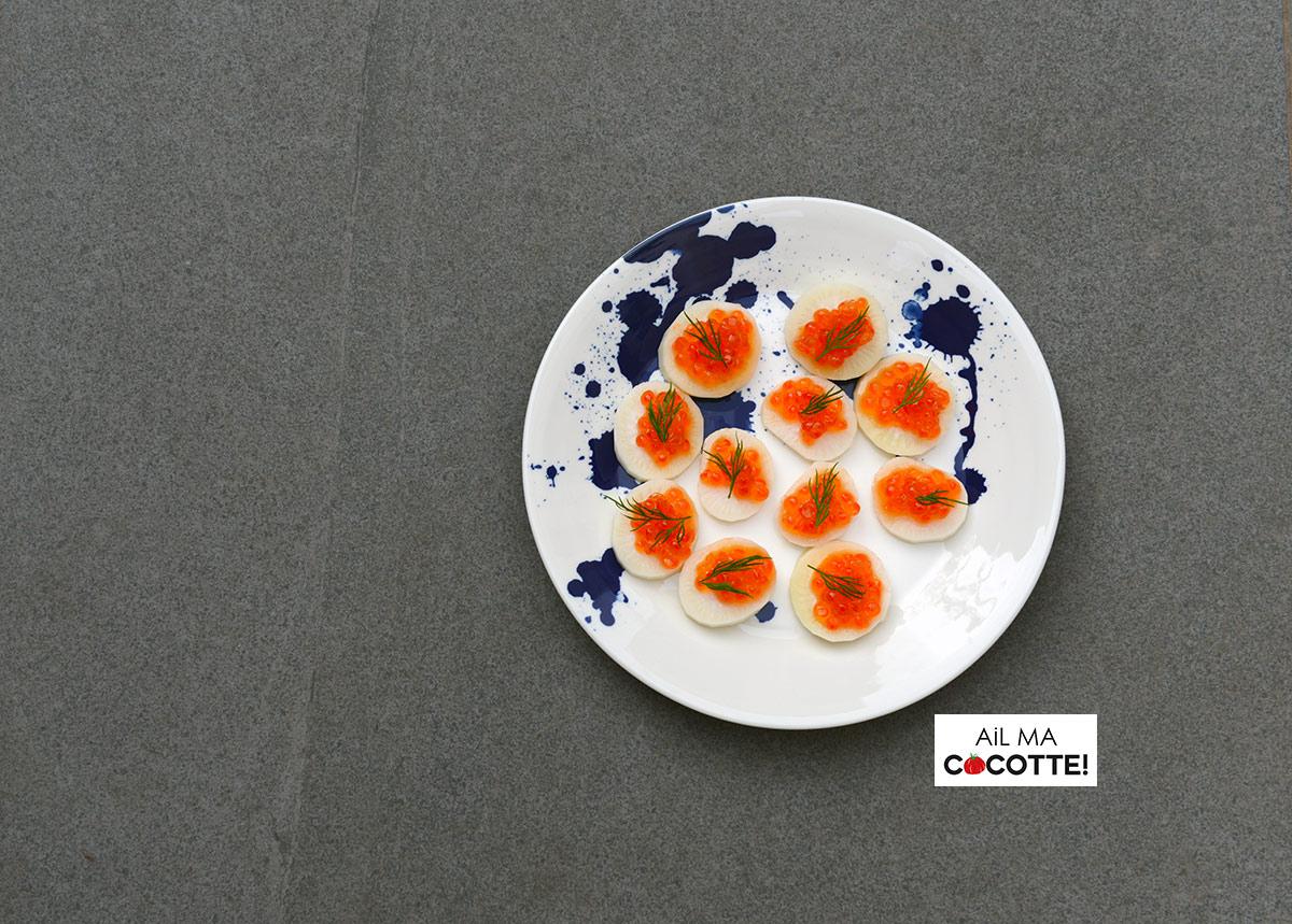 Radis noir, œufs de saumon et aneth