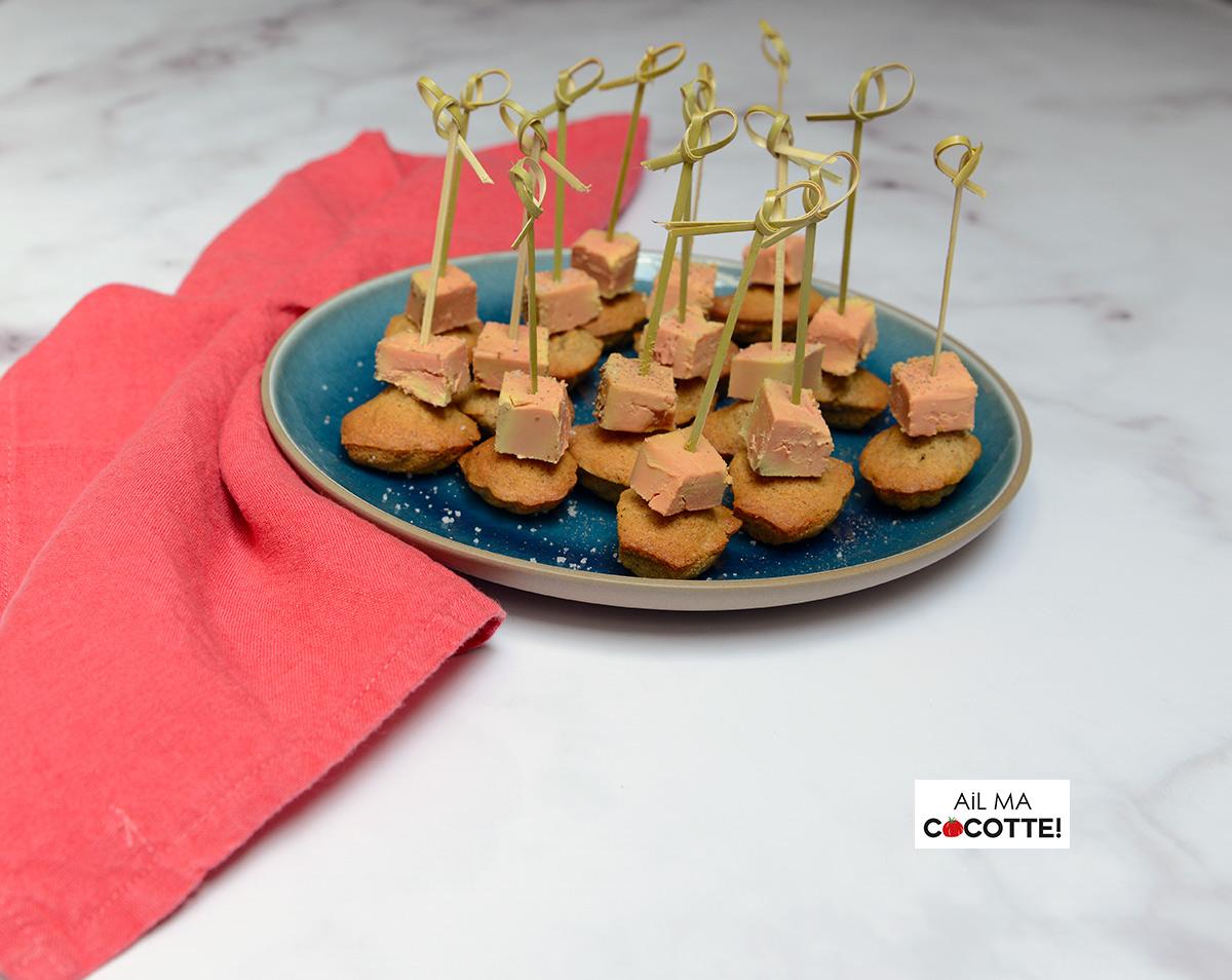 Mini-madeleines au pain d'épices et au foie gras