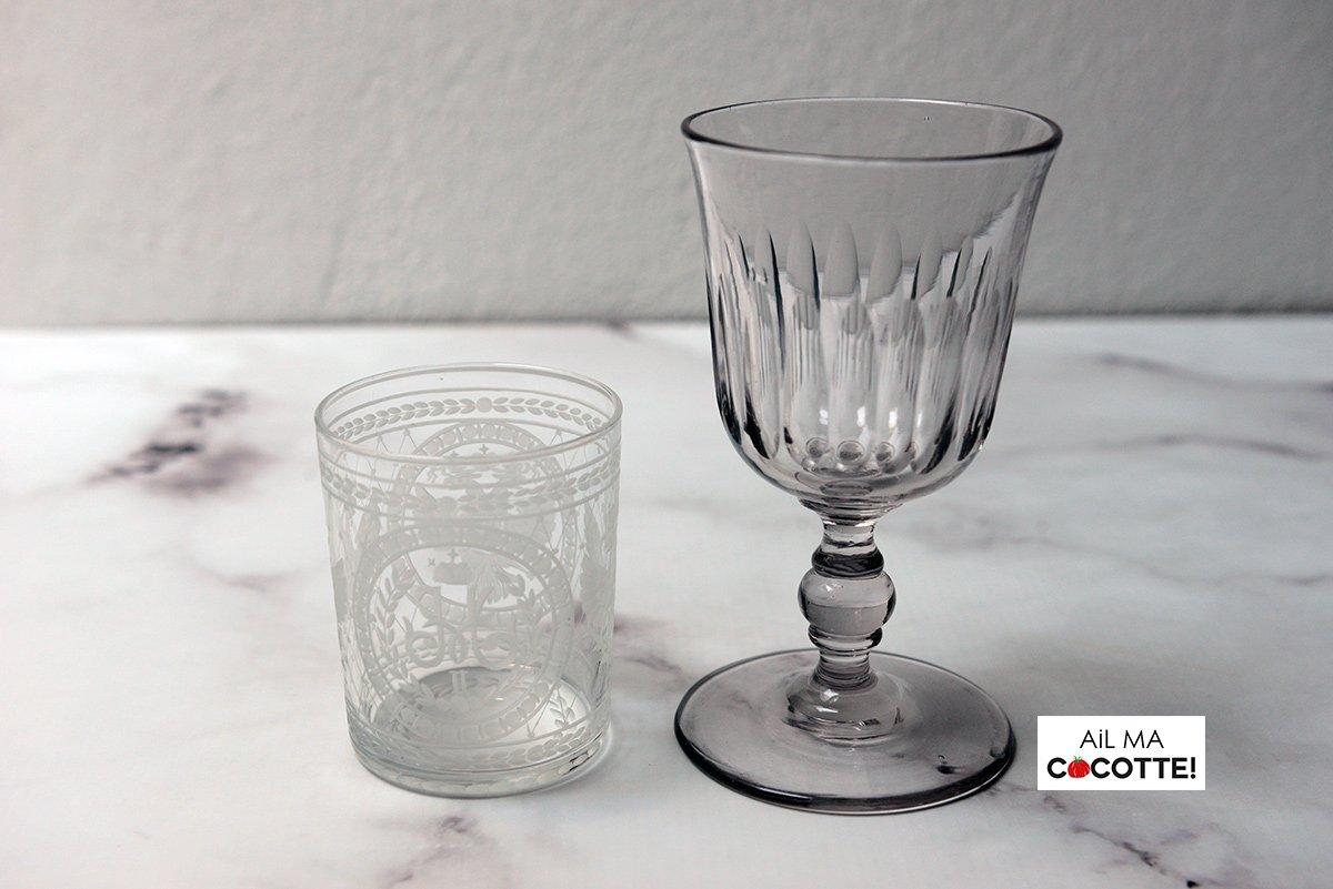 Table dahlia et anémone, détail verres, ailmacocotte.com