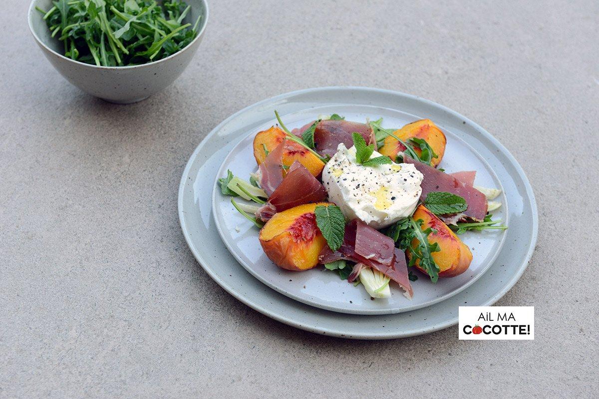 Salade de pêches grillées et burrata, ailmacocotte.com