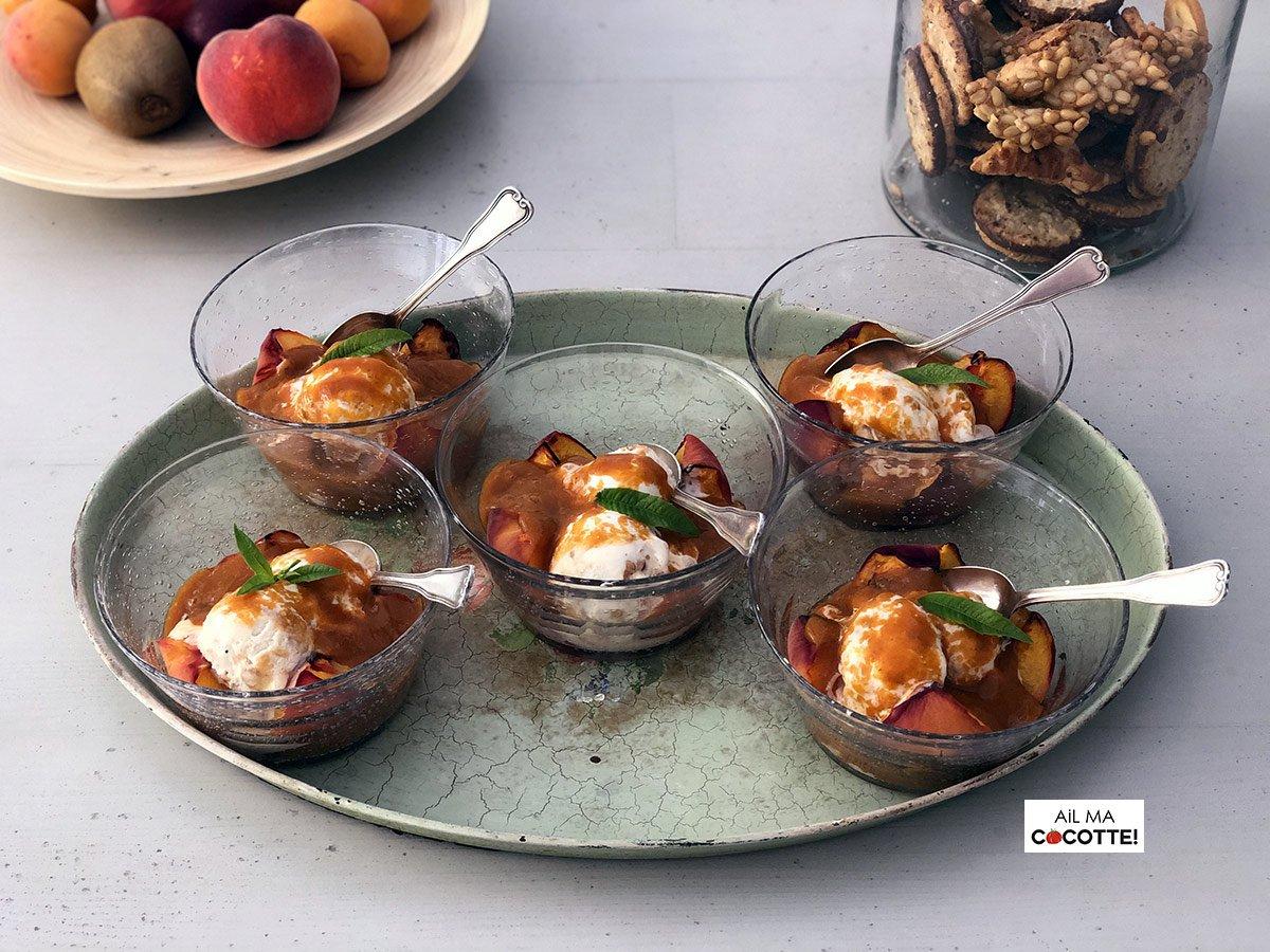 Pêches grillées au coulis d'abricot, ailmacocotte.com